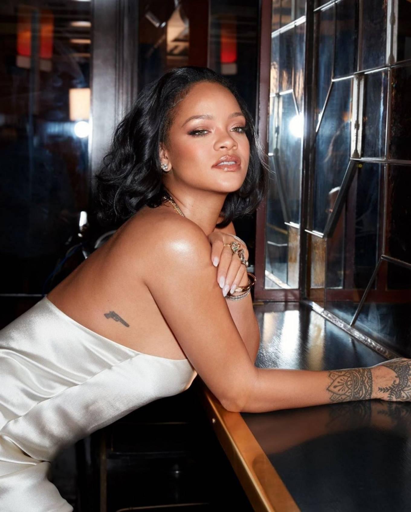 Rihanna - Fenty Beauty Cream Blush and Bronzer 2020