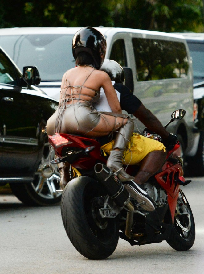 Rihanna - Filming a new music video in Miami Beach