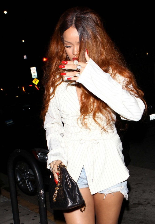 Rihanna - Giorgio Baldi Restaurant in Santa Monica