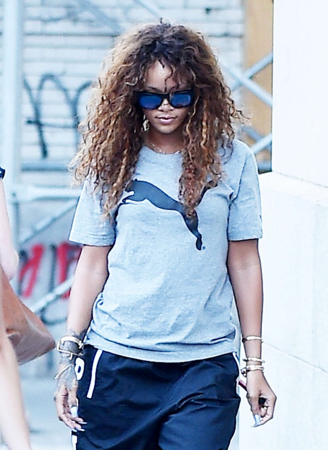 Rihanna - Heading to a gym in NYC