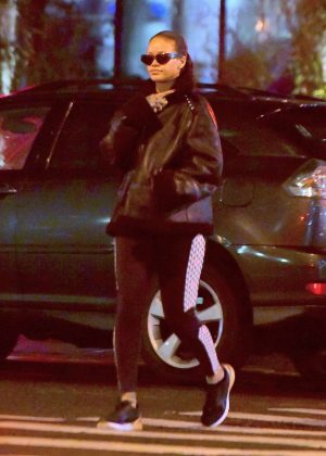 Rihanna - Heads to the Gym in New York City