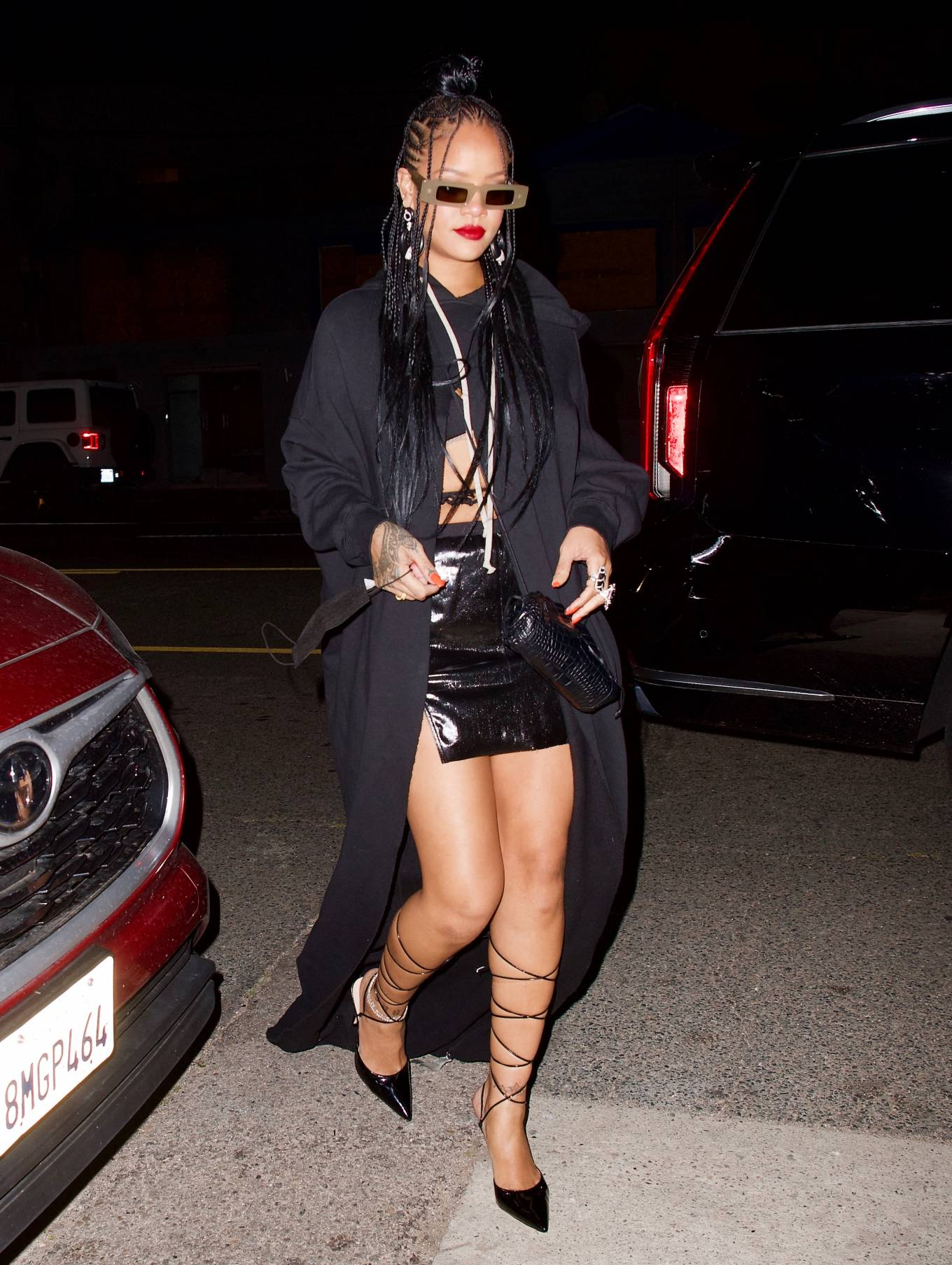 Rihanna - In black skirt heads to dinner at Giorgio Baldi in Los Angeles