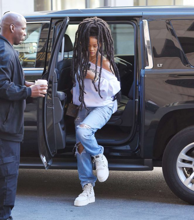 Rihanna in Ripped Jeans in NYC -05