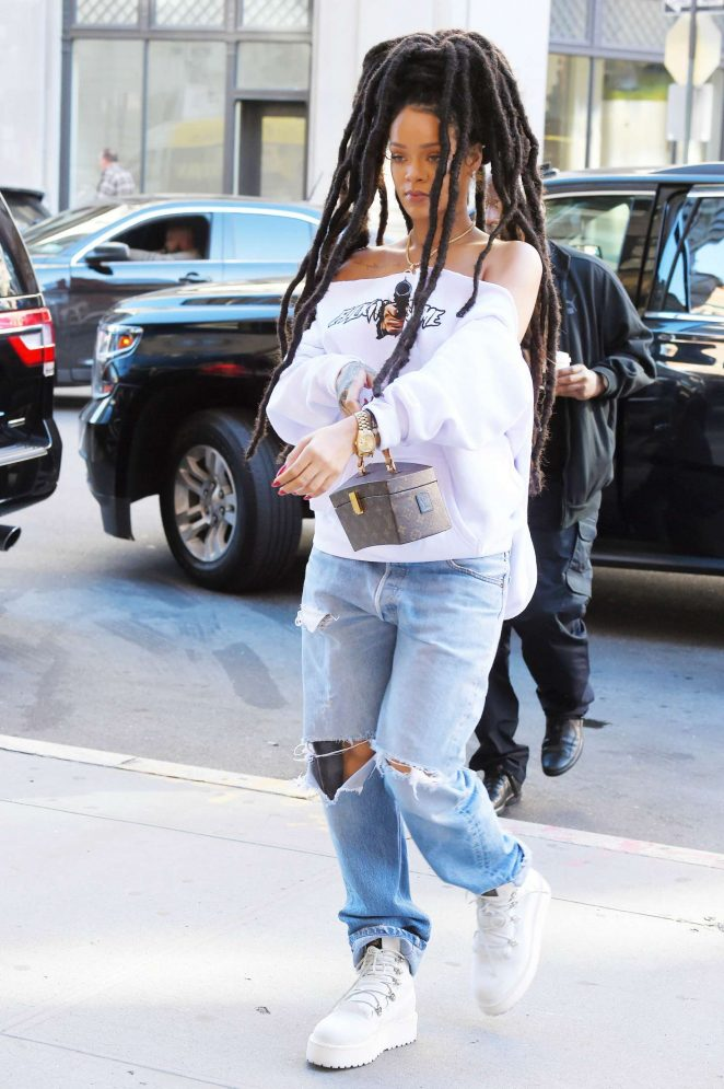 Rihanna in Ripped Jeans in NYC -19