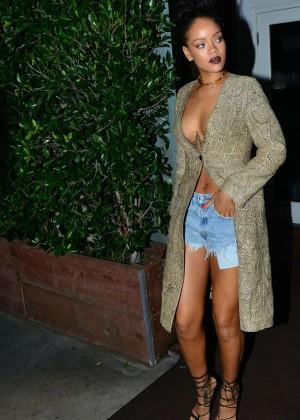 Rihanna - In Shorts at Giorgio Baldi restaurant