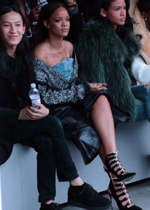 Rihanna - Kanye West 2015 Fashion Show in NYC
