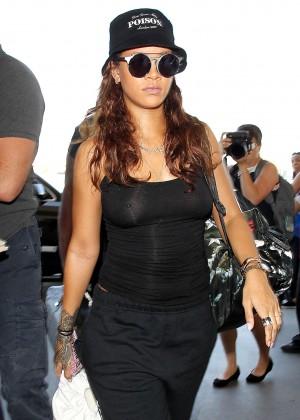 Rihanna - LAX airport in LA