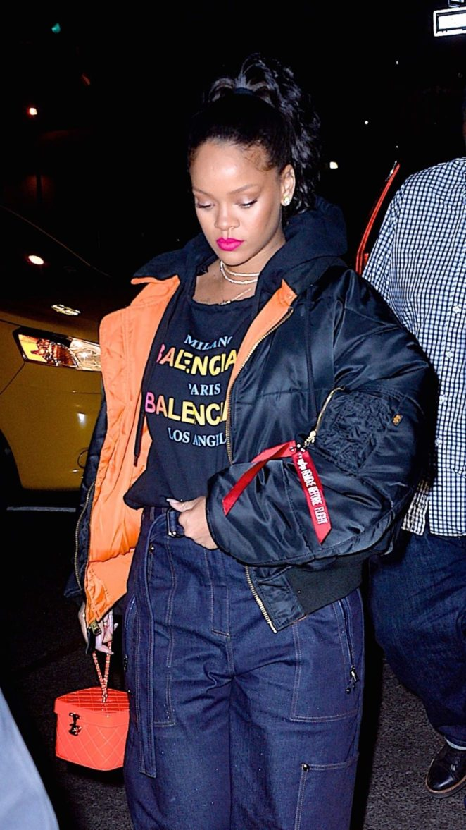 Rihanna - Leaves Avenue Nightclub in Hollywood