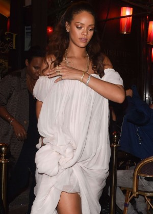 Rihanna - Leaving a bar in Paris