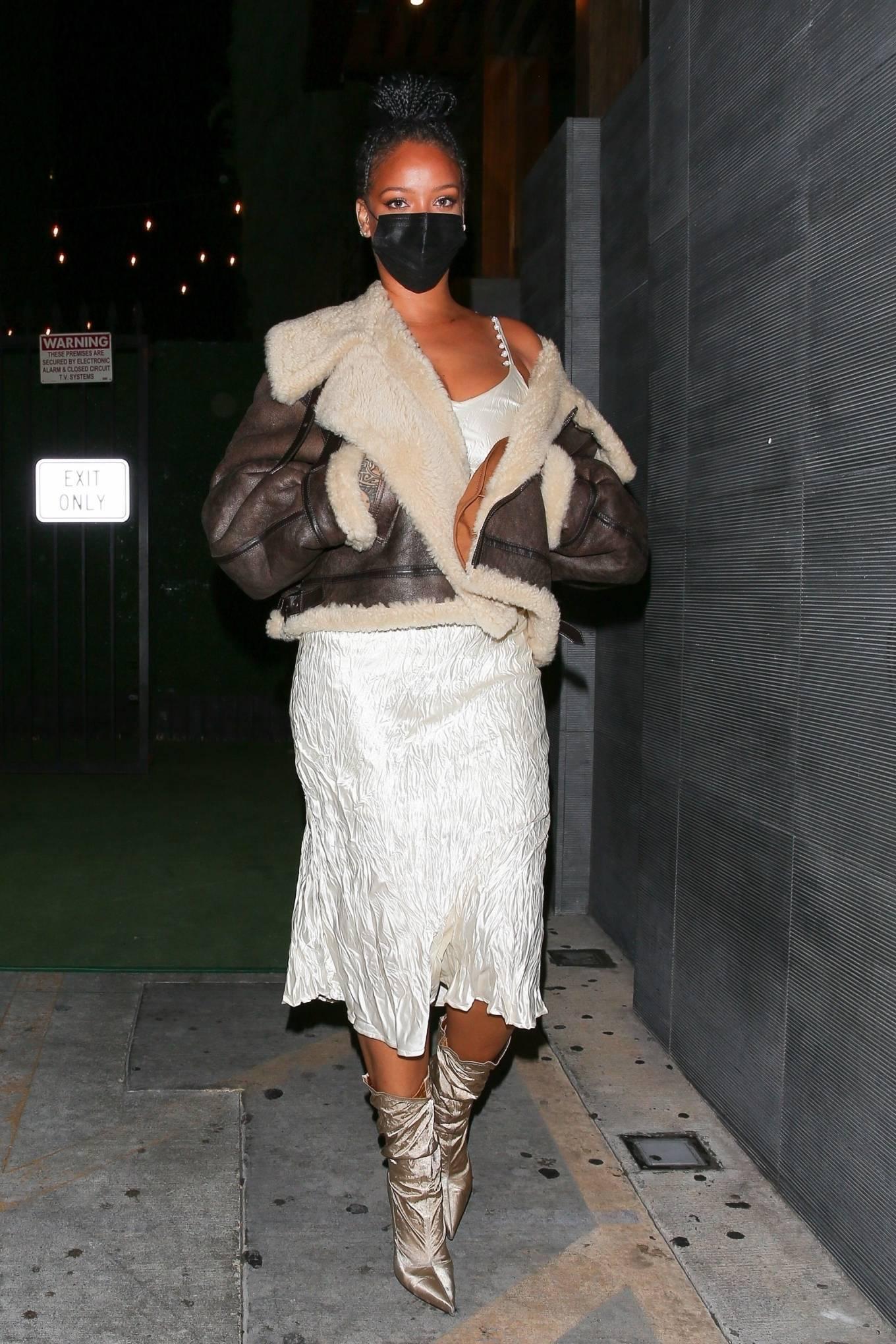 Rihanna 2021 : Rihanna – leaving Nobu restaurant in West Hollywood -02