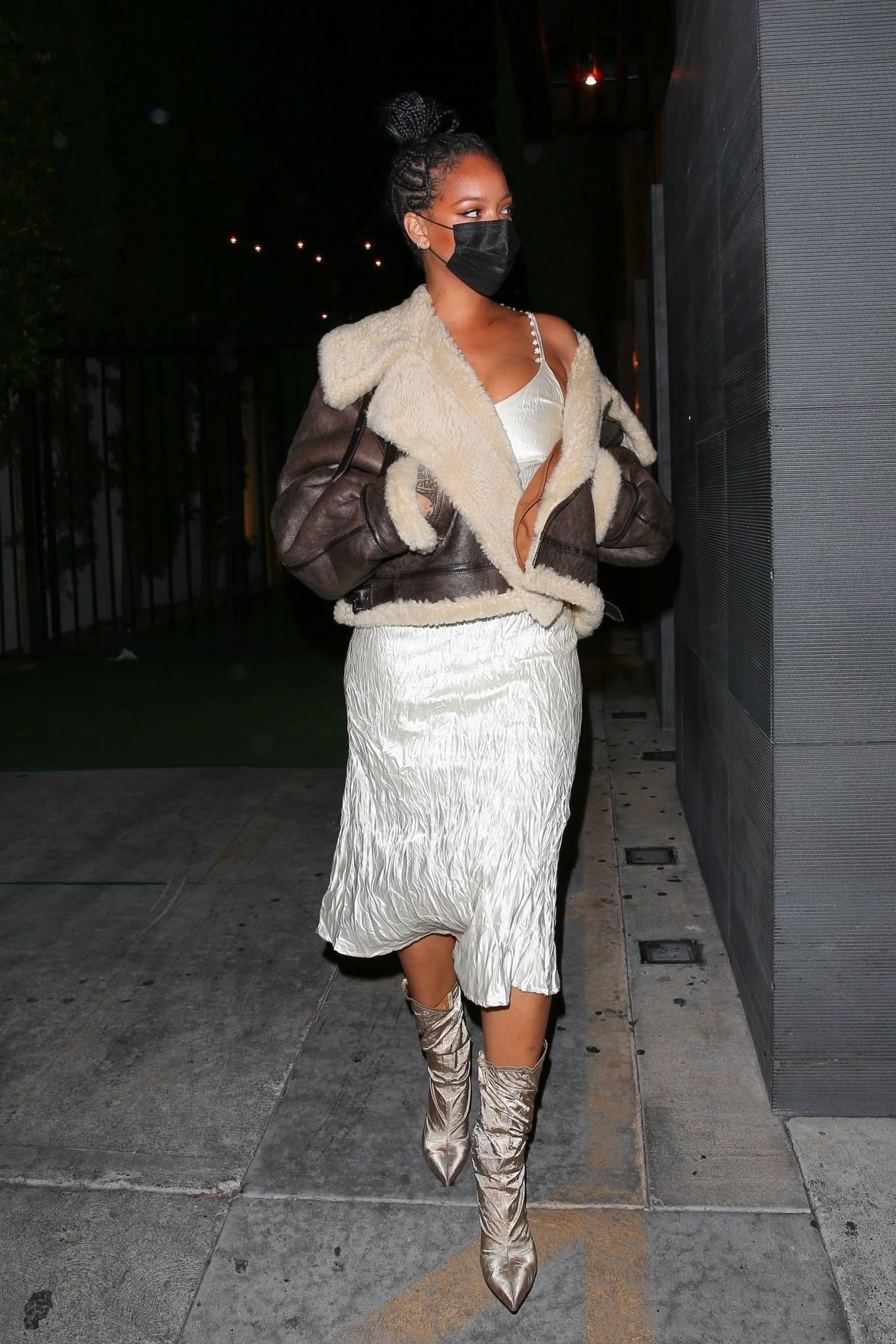 Rihanna 2021 : Rihanna – leaving Nobu restaurant in West Hollywood -03