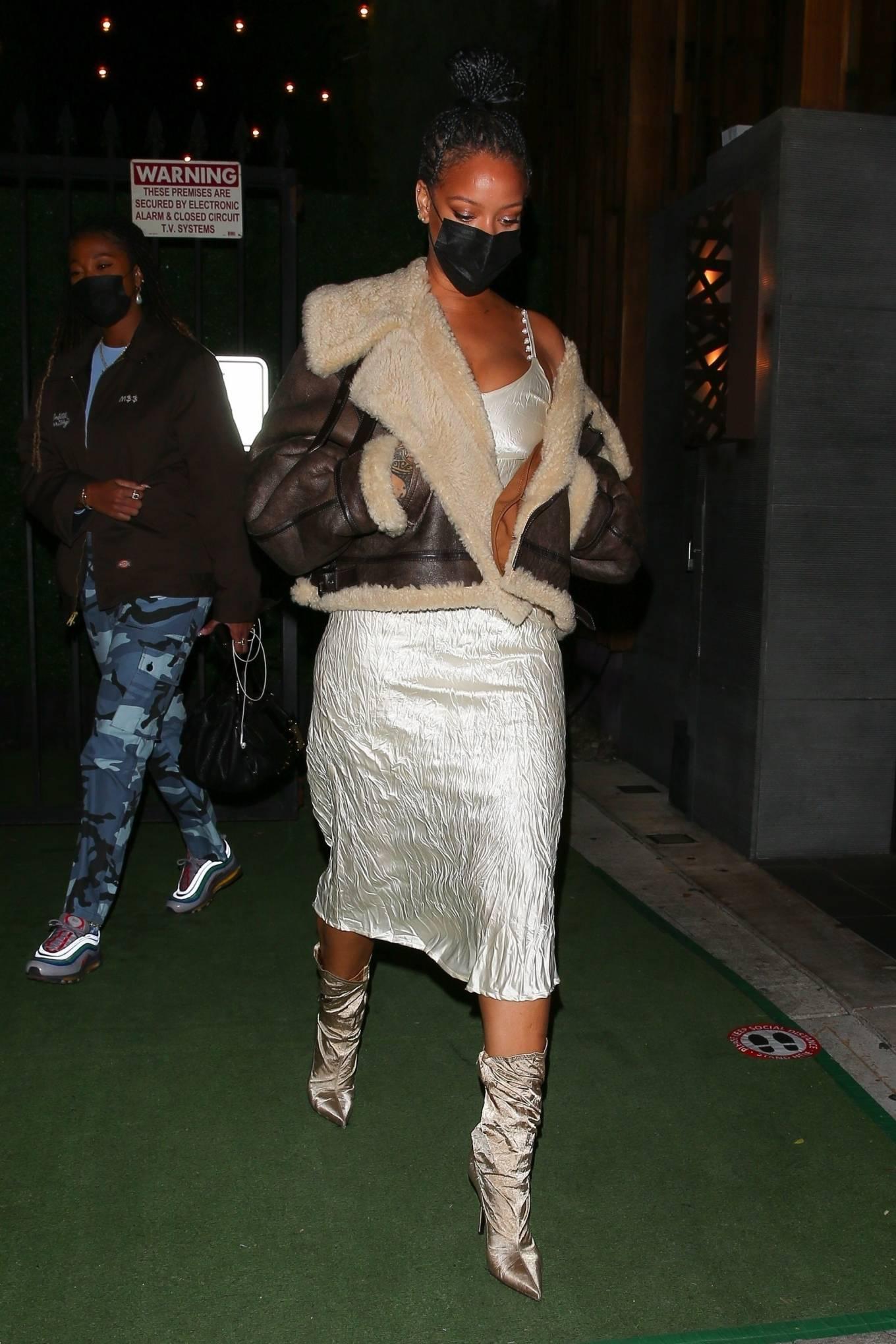 Rihanna 2021 : Rihanna – leaving Nobu restaurant in West Hollywood -09