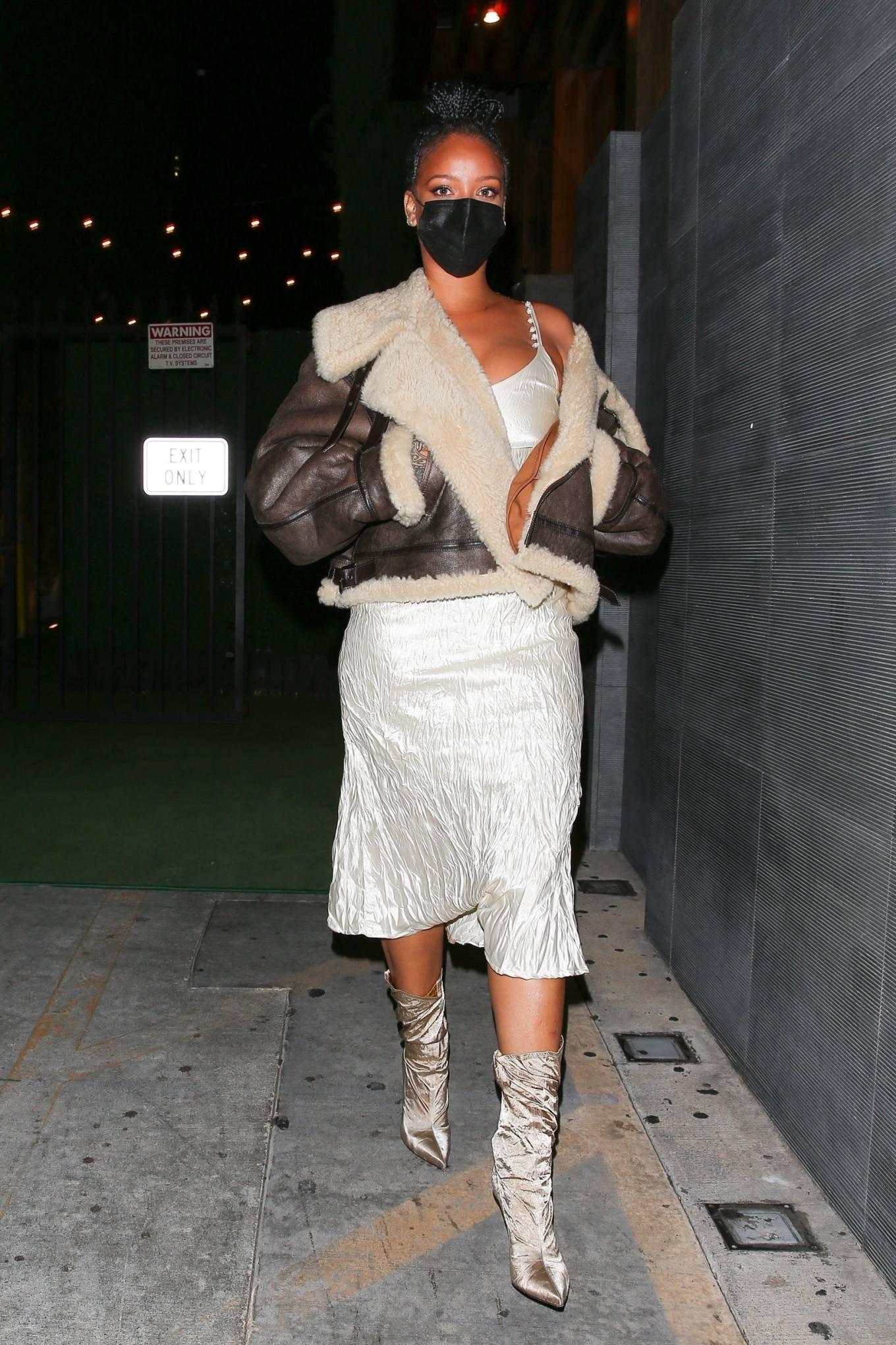 Rihanna 2021 : Rihanna – leaving Nobu restaurant in West Hollywood -11