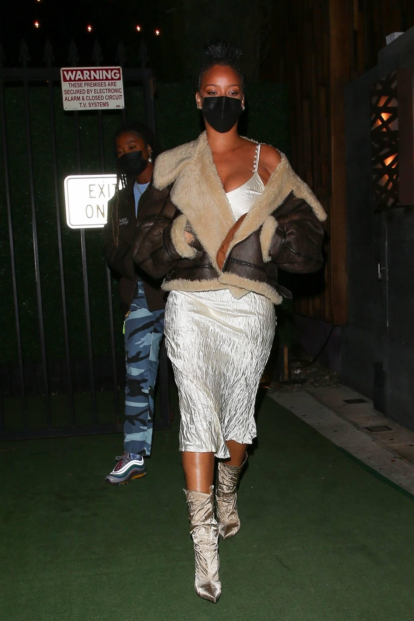 Rihanna 2021 : Rihanna – leaving Nobu restaurant in West Hollywood -14