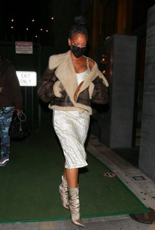 Rihanna - leaving Nobu restaurant in West Hollywood