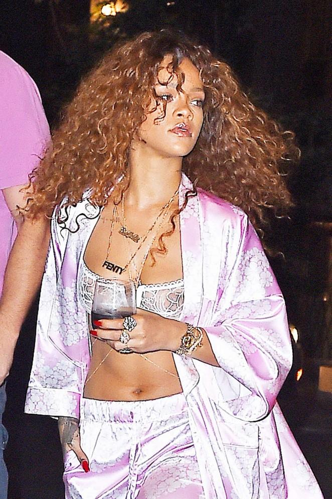 Rihanna - Leaving Recording studio in NYC