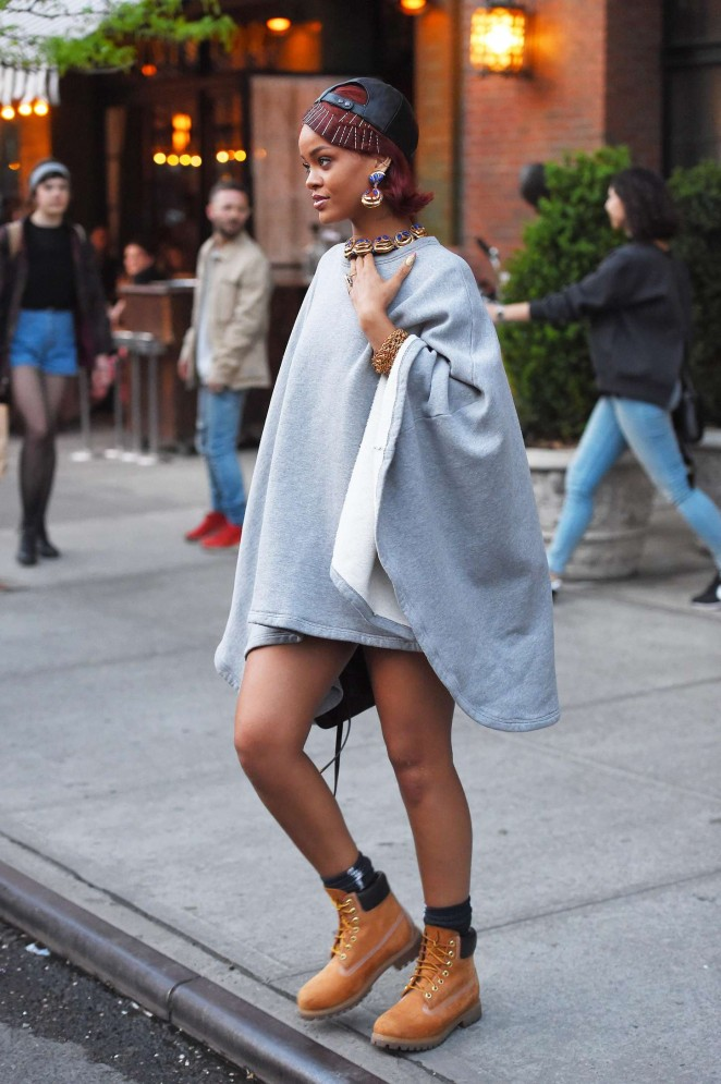 Rihanna: Leaving the Bowery Hotel -10