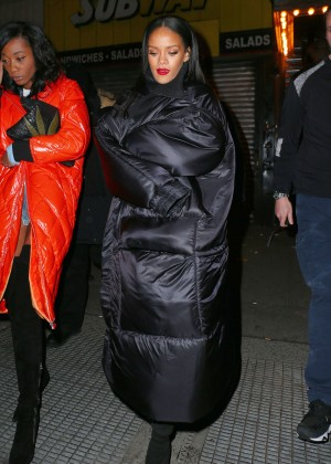 "Rihanna - Leaving ""Up and Down"" in NYC"