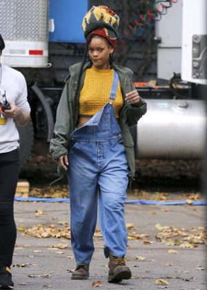 Rihanna - On the set of 'Ocean's Eight' in New York