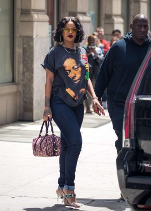 Rihanna - Out and about in New York