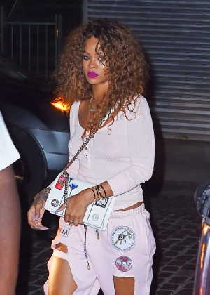 Rihanna - Out and about in NY