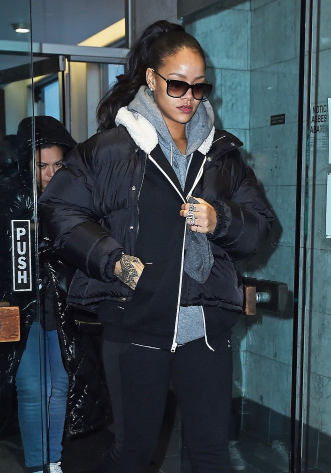 Rihanna in Leggings Out in NYC