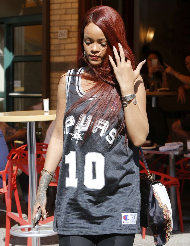 Rihanna – Out and about in NYC