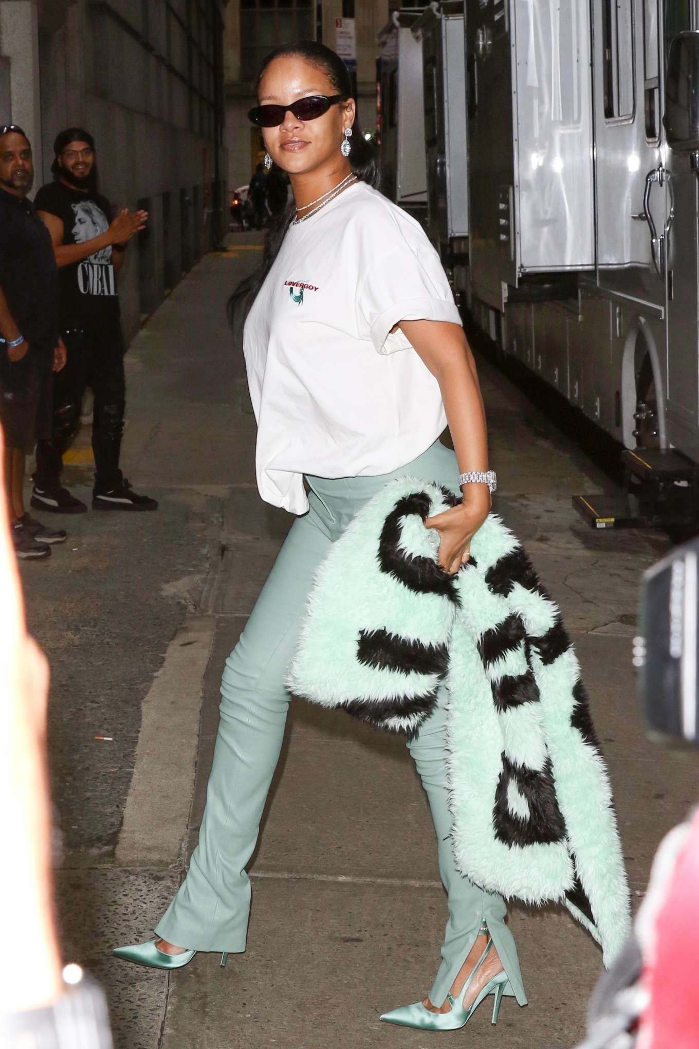Rihanna 2019 : Rihanna – Out in NYC-20