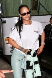 Rihanna - Out in NYC