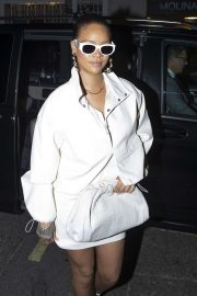 Rihanna - Out in Soho