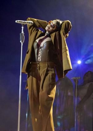 Rihanna: Performs at Anti World Tour -06