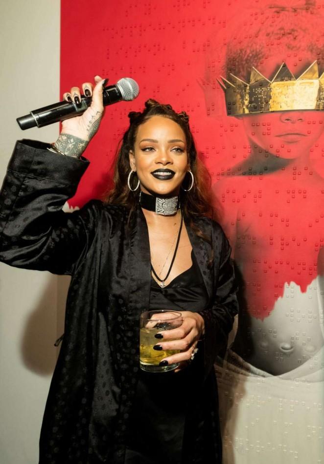 Rihanna – Rihanna's 8th Album Artwork Reveal in LA