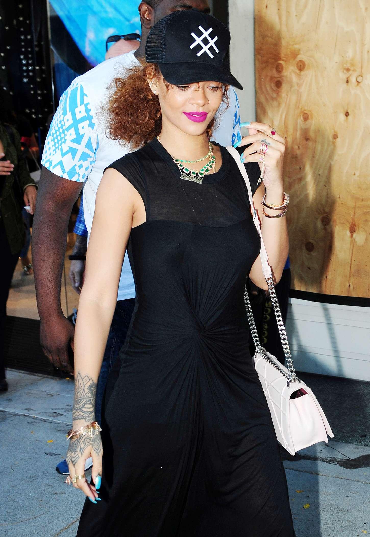 Rihanna in Black Dress -08 - GotCeleb