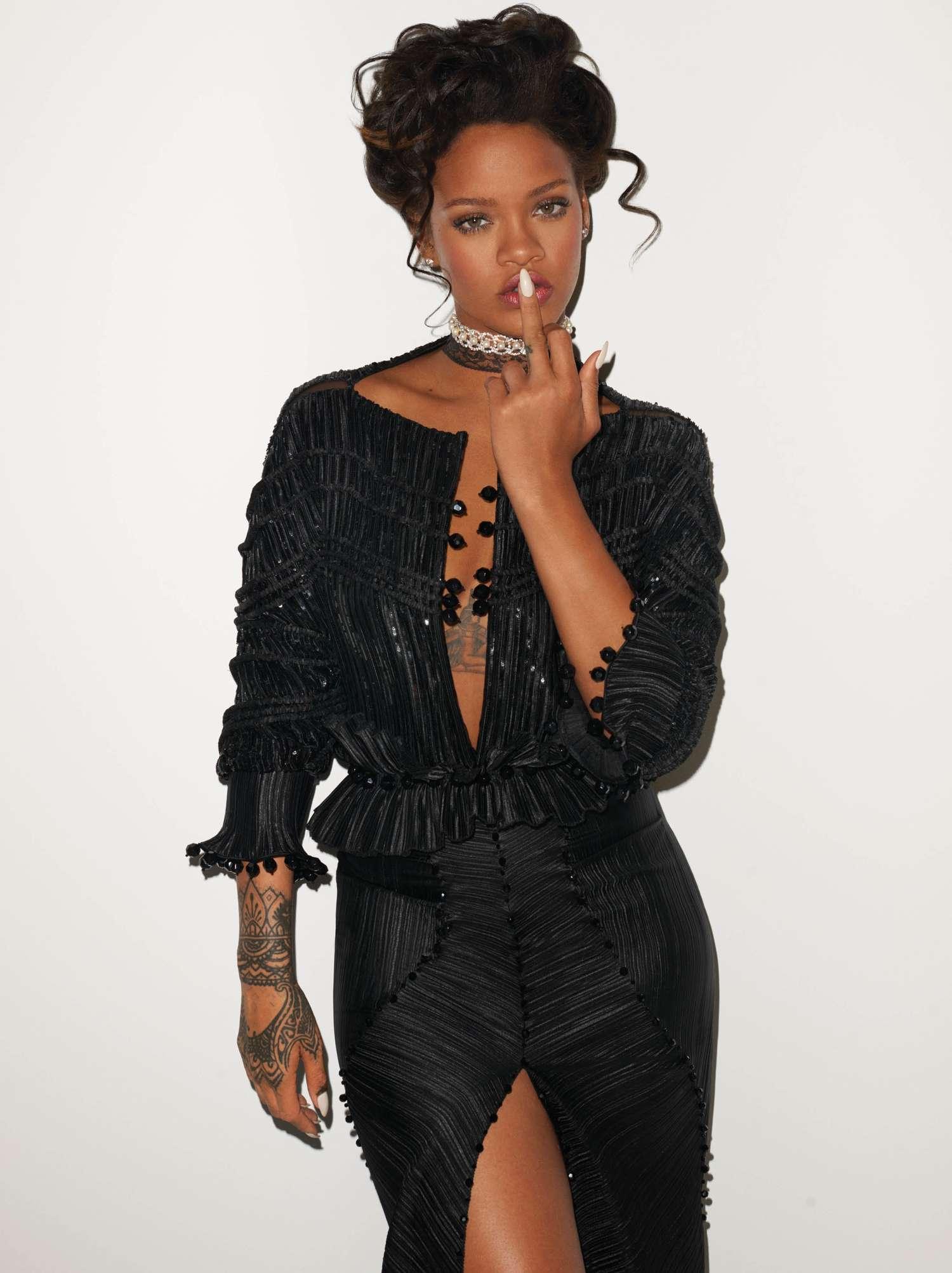 Fashion fall 2017 - Rihanna Terry Richardson Photoshoot For Cr Fashion Book