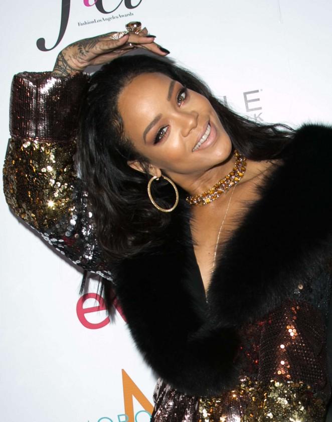 Rihanna: The Daily Front Row Fashion LA Awards 2015 -29