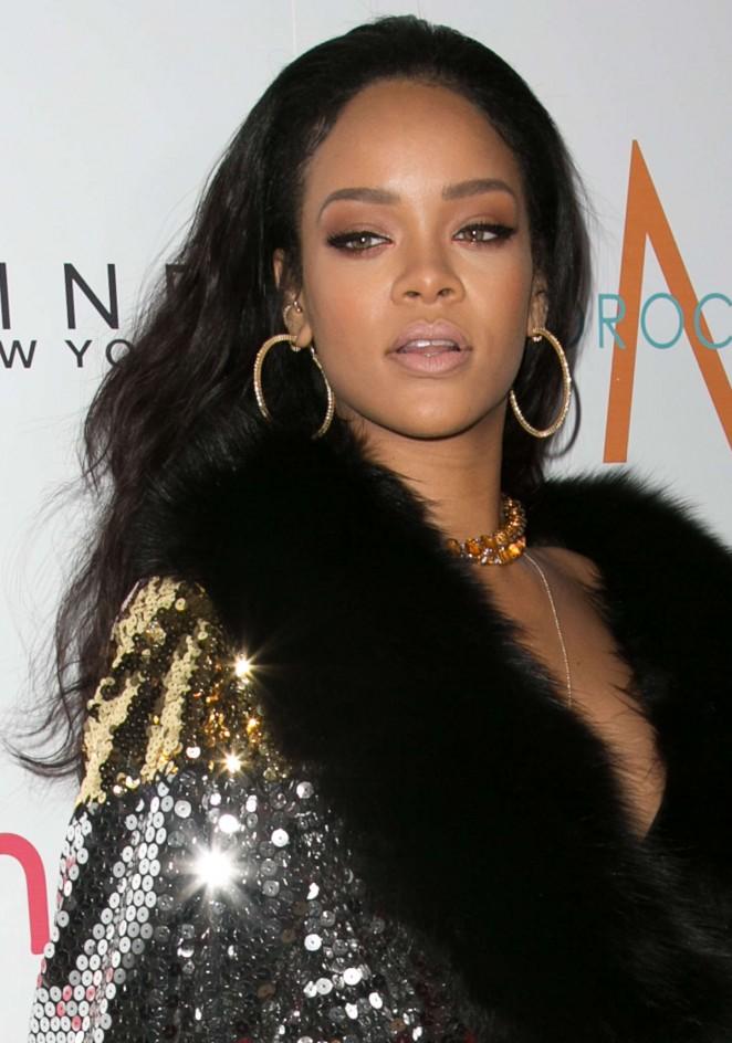 Rihanna: The Daily Front Row Fashion LA Awards 2015 -32