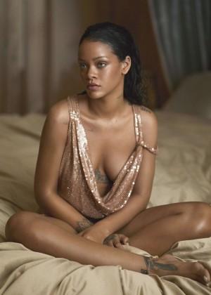 Rihanna: Vogue Magazine 2016 -03