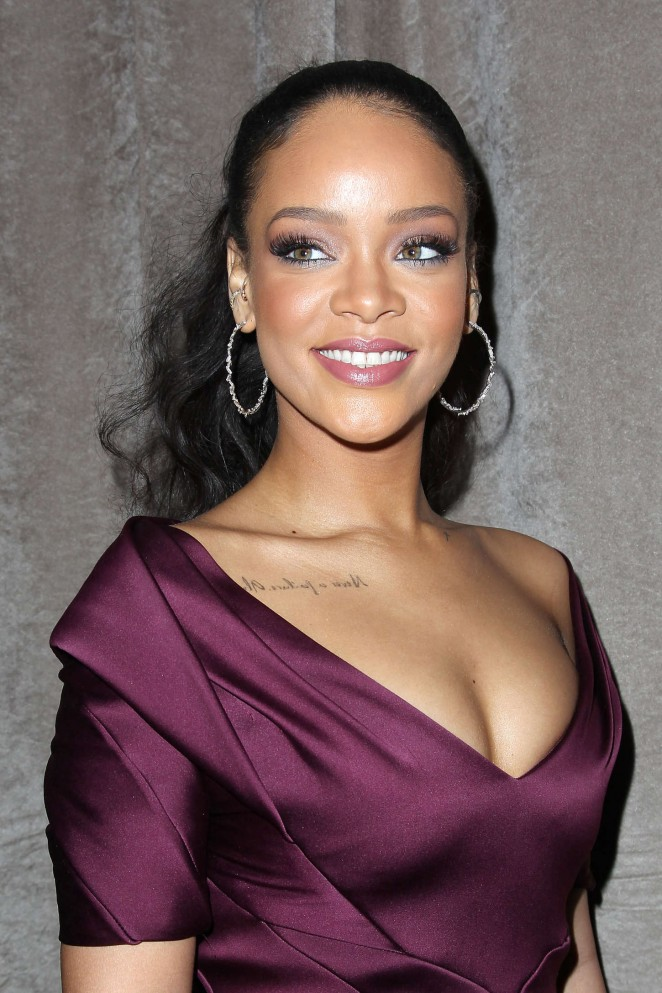 Rihanna - Zac Posen Fashion Show 2015 in NYC