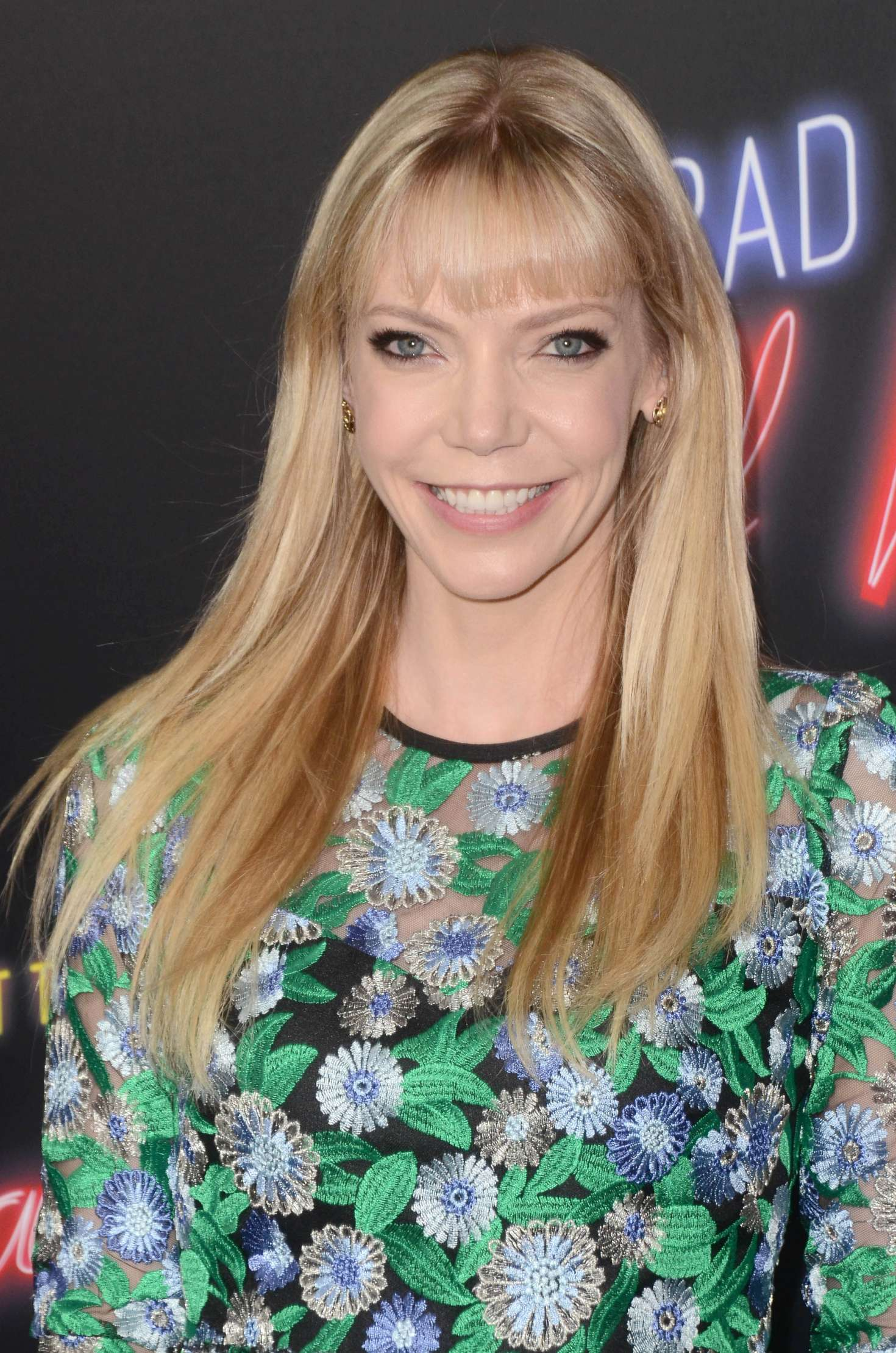 picture Riki Lindhome