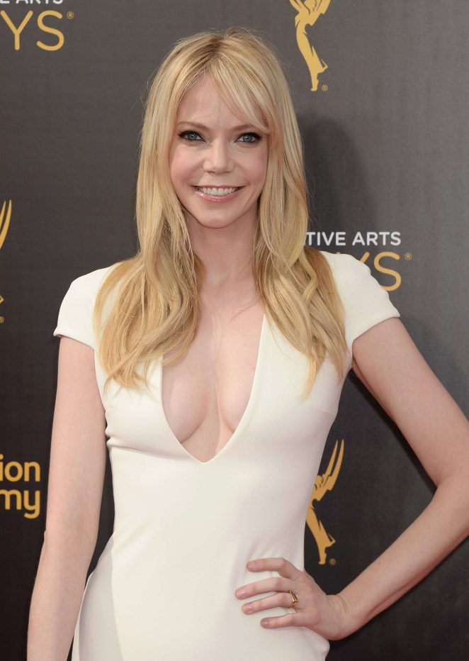 Riki Lindhome - Creative Arts Emmy Awards 2016 in Los Angeles