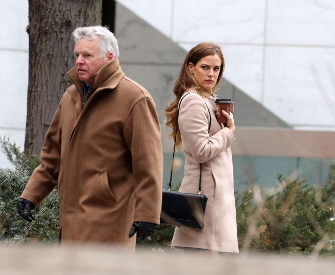Riley Keough: Set of The Girlfriend Experience -10