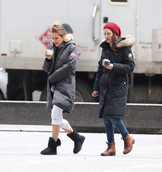 Riley Keough: Set of The Girlfriend Experience -15