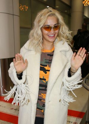 Rita Ora - Arrives at airport in Sydney