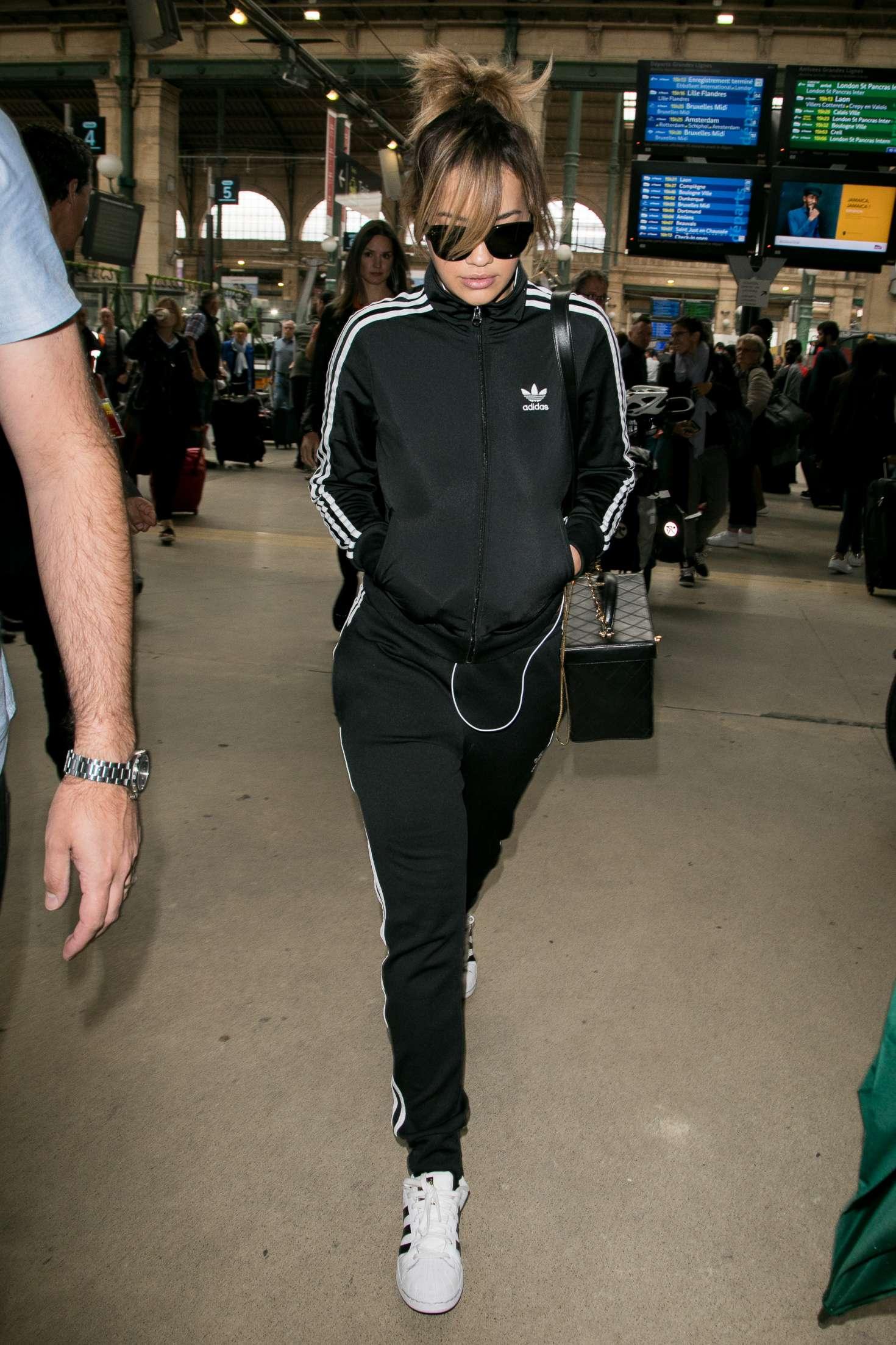 Rita Ora 2017 : Rita Ora: Arrives at Gare du Nord station -03