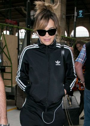 Rita Ora - Arrives at Gare du Nord station in Paris