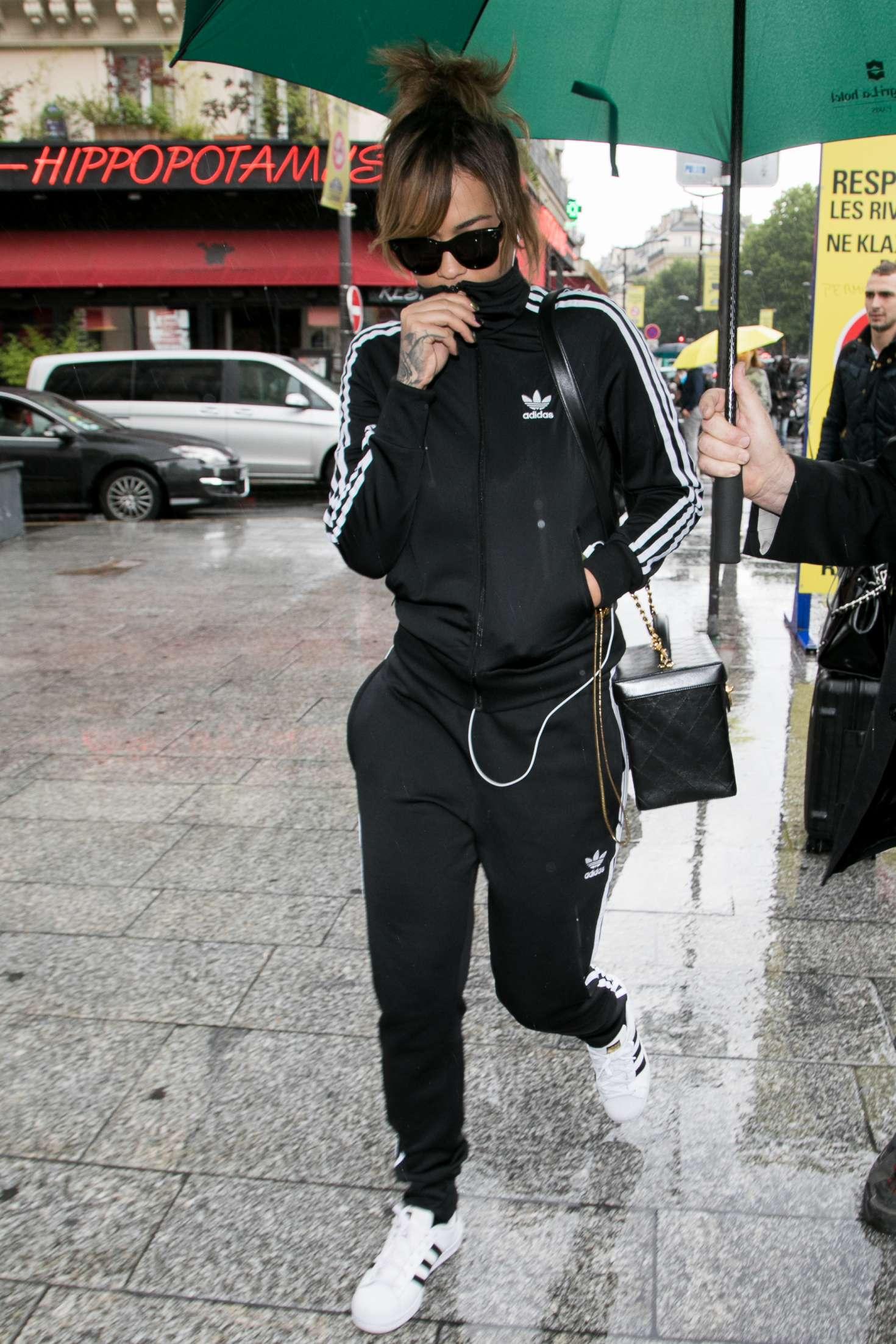 Rita Ora 2017 : Rita Ora: Arrives at Gare du Nord station -09