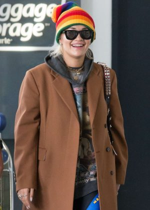 Rita Ora - Arrives at Melbourne Airport in Melbourne