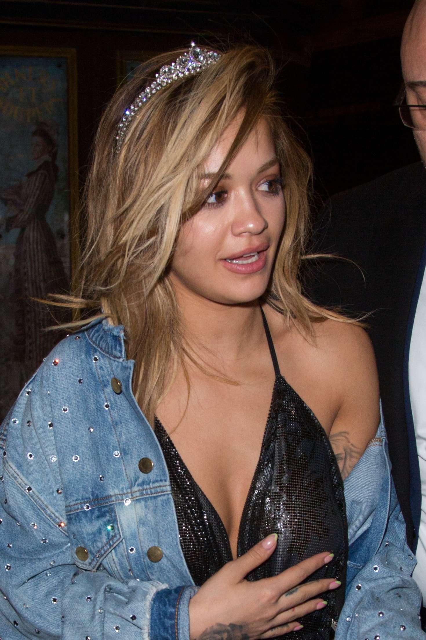 Rita Ora 2017 : Rita Ora Arrives at V Magazine Dinner -09