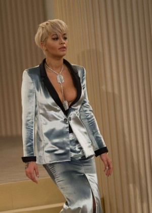 Rita Ora - Chanel Fashion Show in Paris