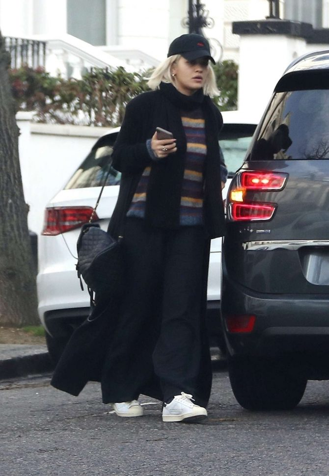 Rita Ora in Long Black Coat – Out in London